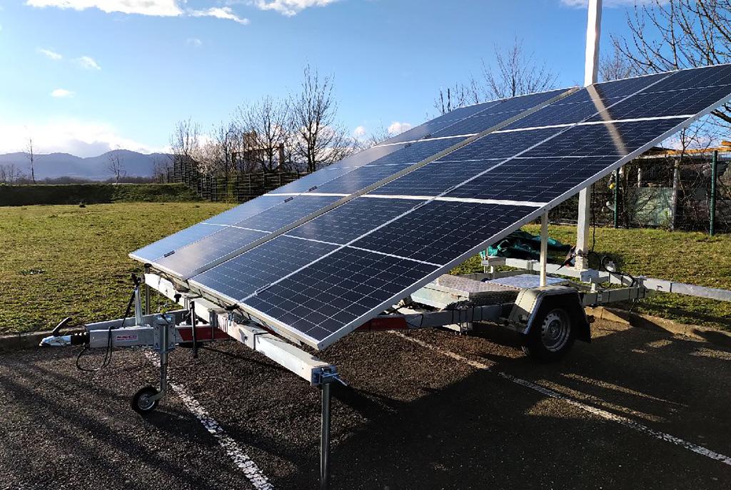 générateur solaire sur remorque panneaux photovoltaïques