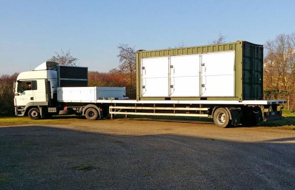 Solargenerator im Container mobil watt