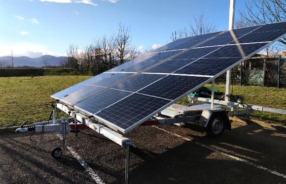 12S solar trailer