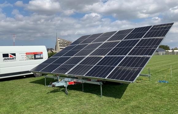 reboque solar para aluguer em estaleiros de obras e espaços para eventos