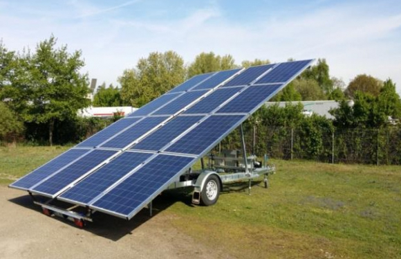 solar trailer with battery